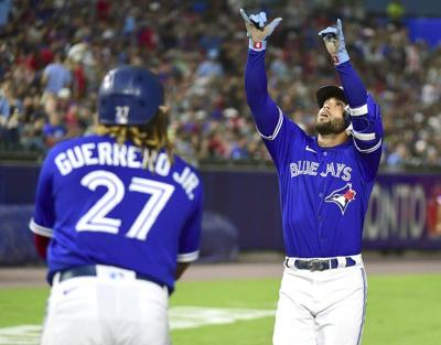 Jays bid farewell to Buffalo with loss to Red Sox