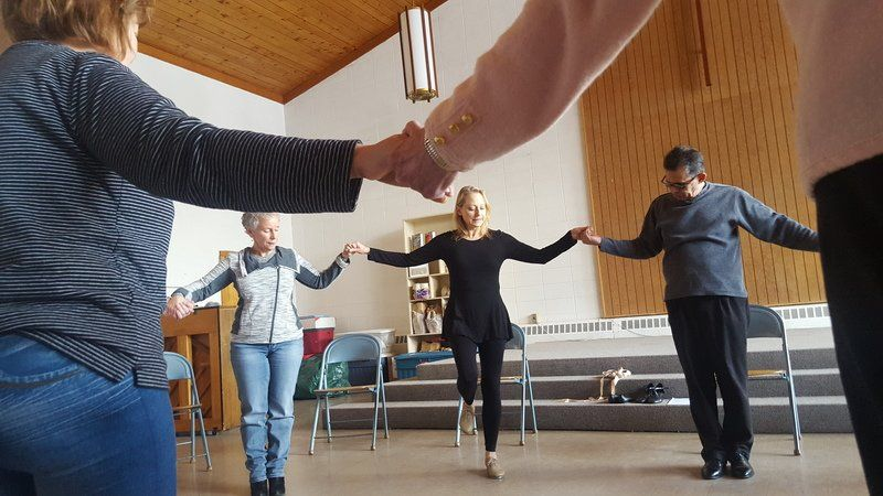 Dancing anyway! New class for Parkinson patients and friends finds the artist in everyone