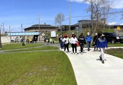 Wellness Walk draws a crowd to train station