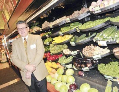 Lewiston Tops offering Grocery Pick Up Service