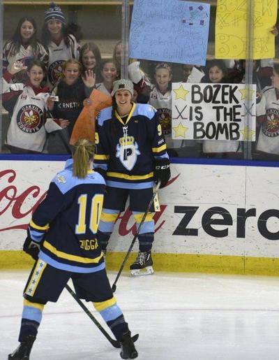 Women S Pro Hockey Gaining Foothold With 2 Leagues National Sports