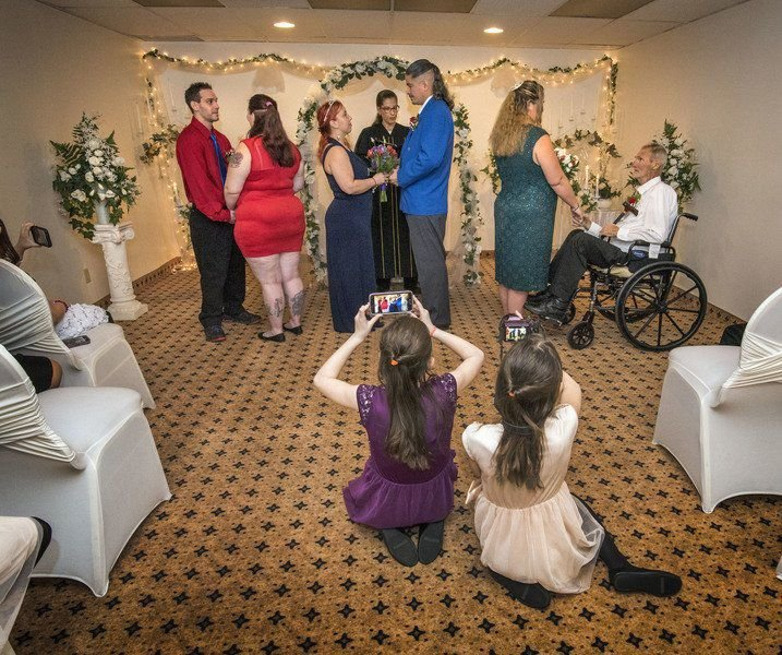 Falls Wedding Chapel Performs Unique Triple Ceremony