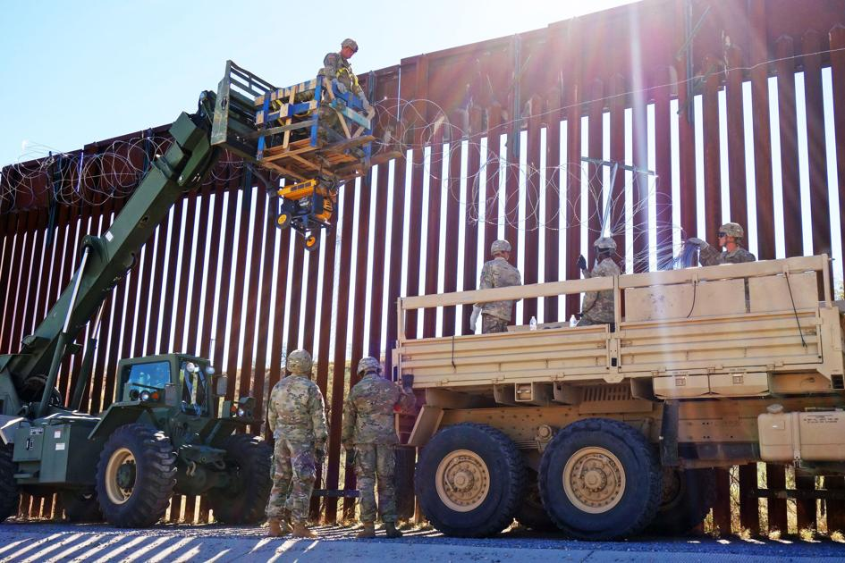 Man dies from injuries sustained in fall from Nogales border fence