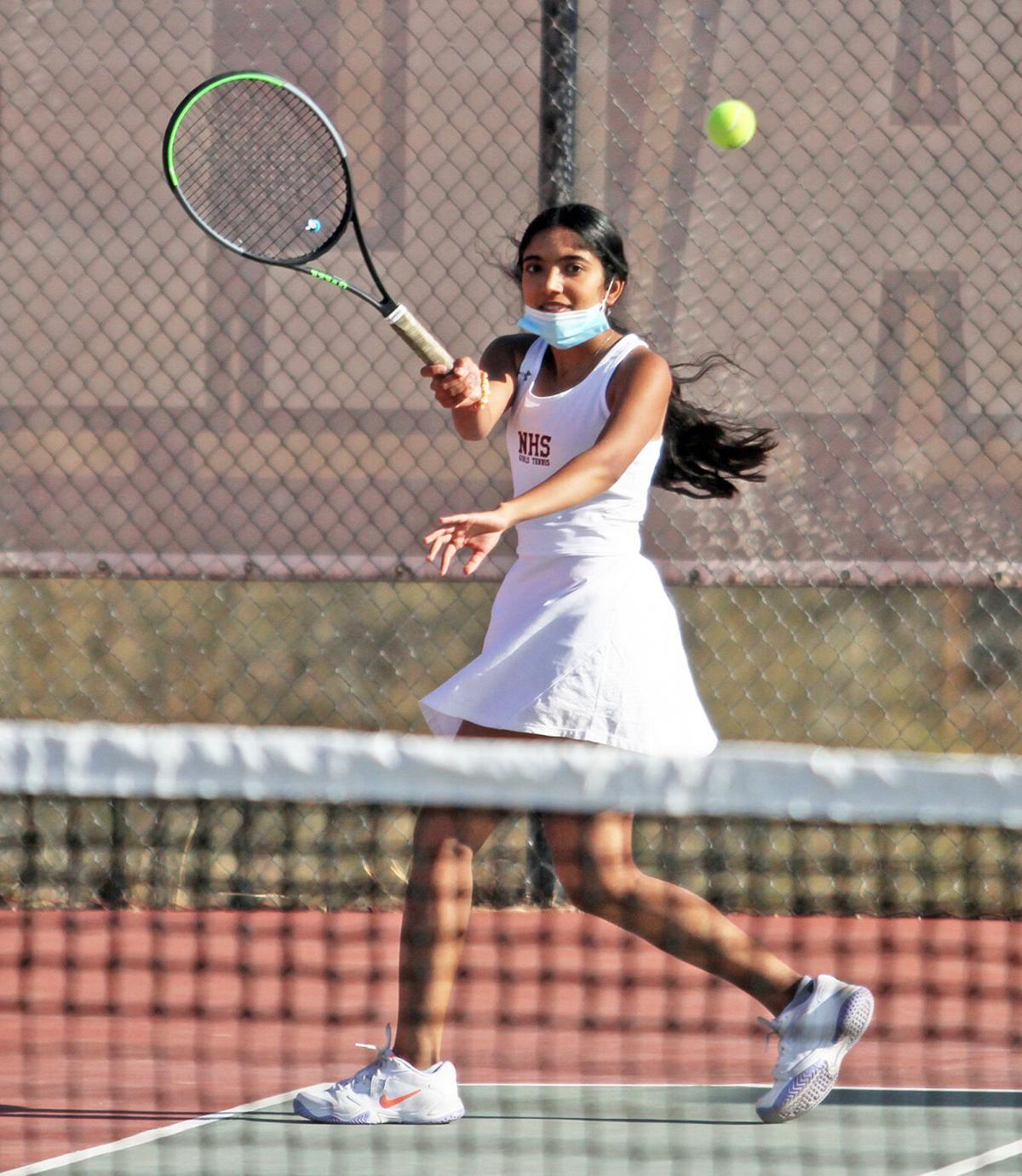 NHS girls tennis