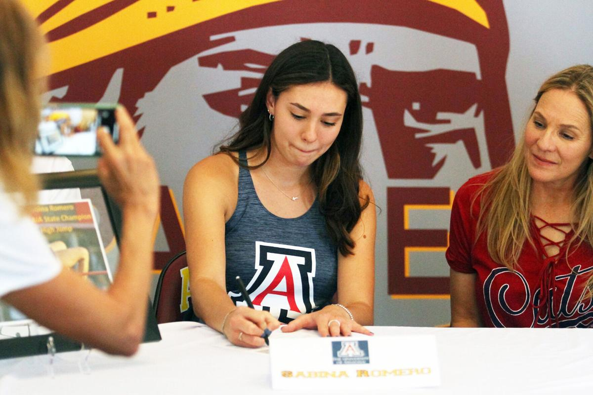 Sabina Romero signing