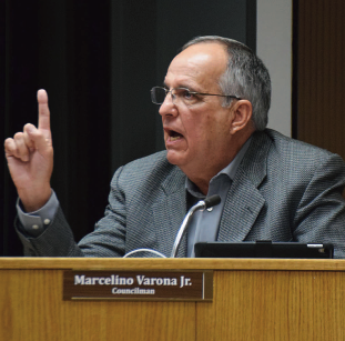 Divided council gives Williams the boot