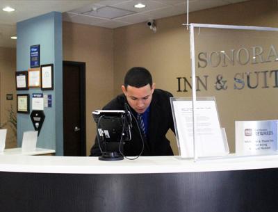 Best Western receptionist