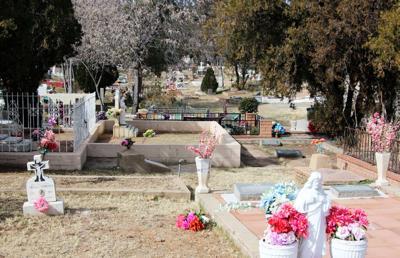 City cemetery 1 (spanish)