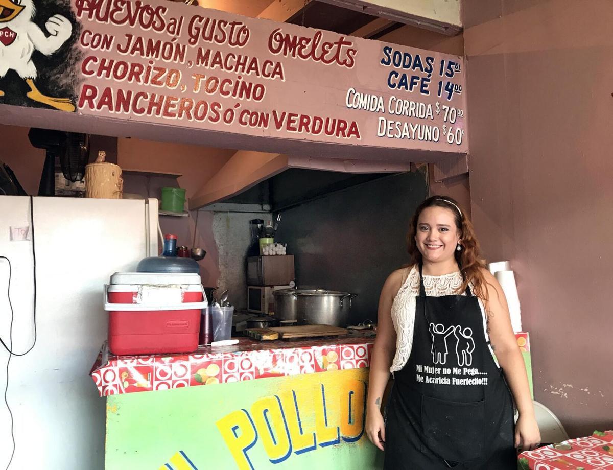 El Pollo Chuky waitress