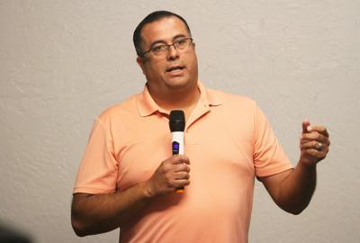 Eddie Huerta (spanish)