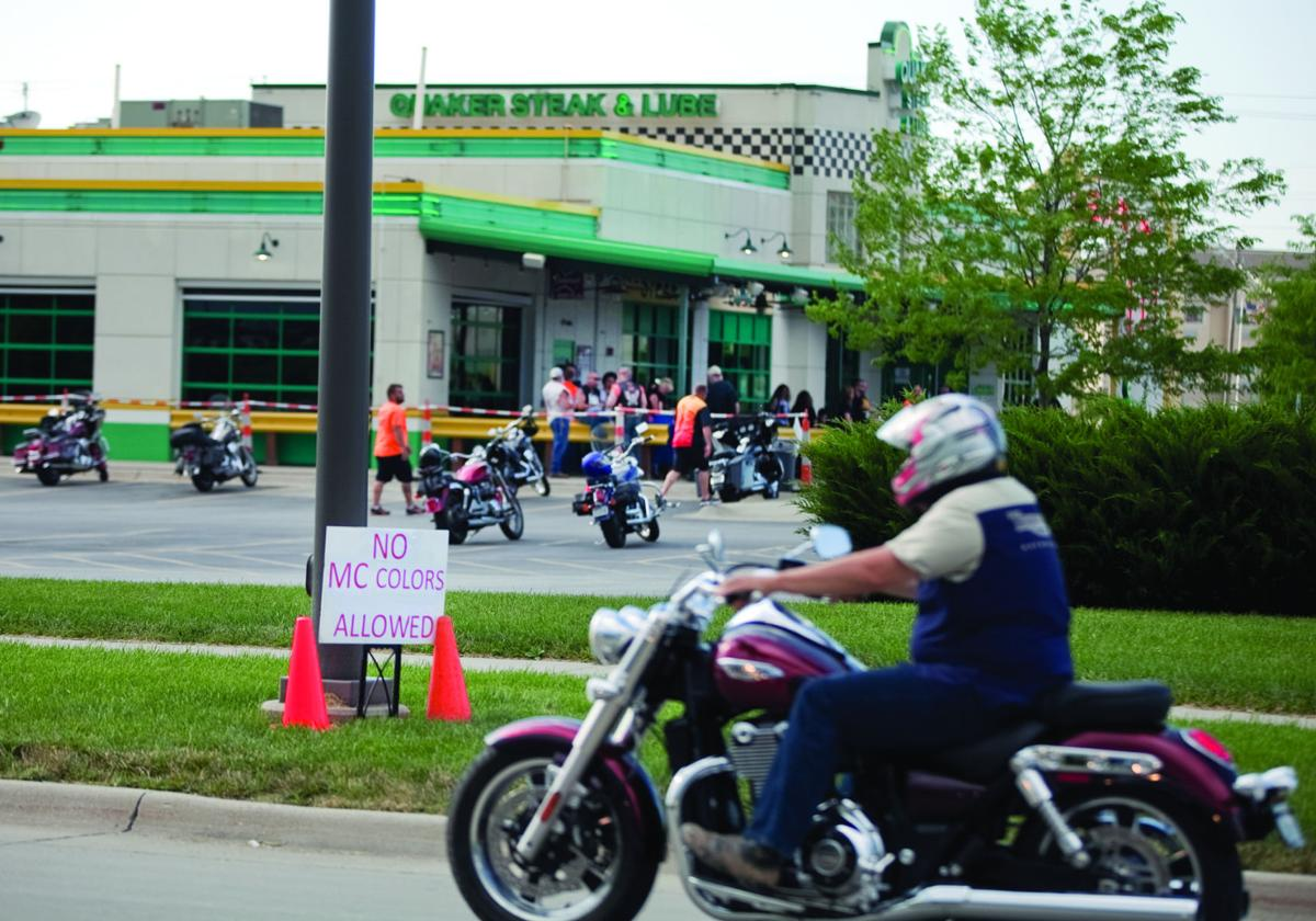 Quaker Steak Lube Prohibits Motorcyclists From Wearing Motorcycle