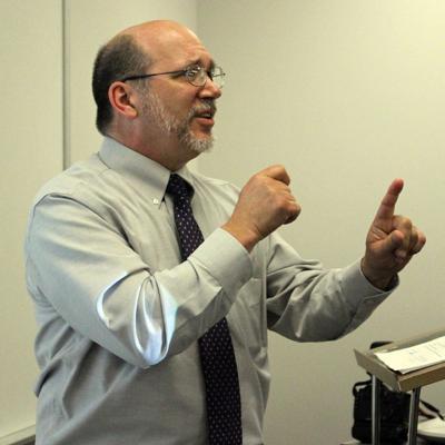 Iowa Western eliminates ASL training program