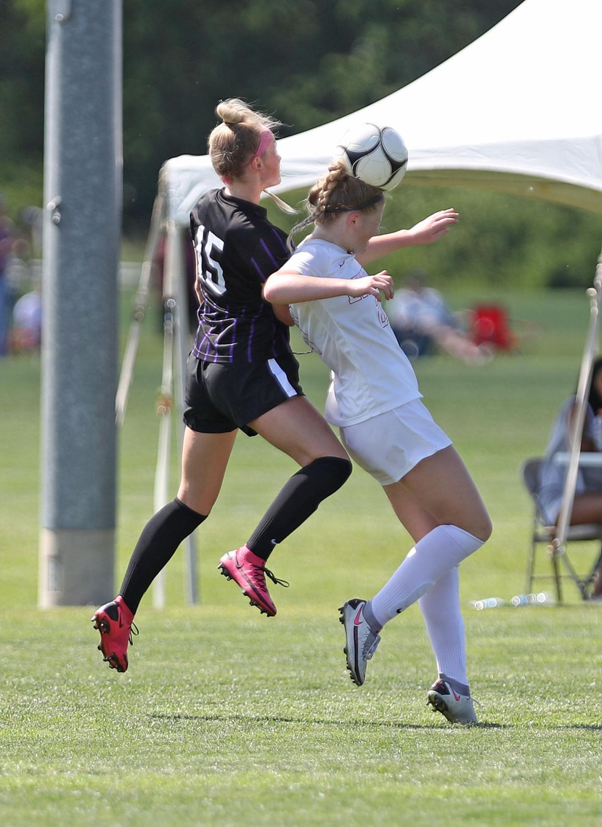 Liberty Bates, Council Bluffs Abraham Lincoln vs Waukee, Girls State Soccer