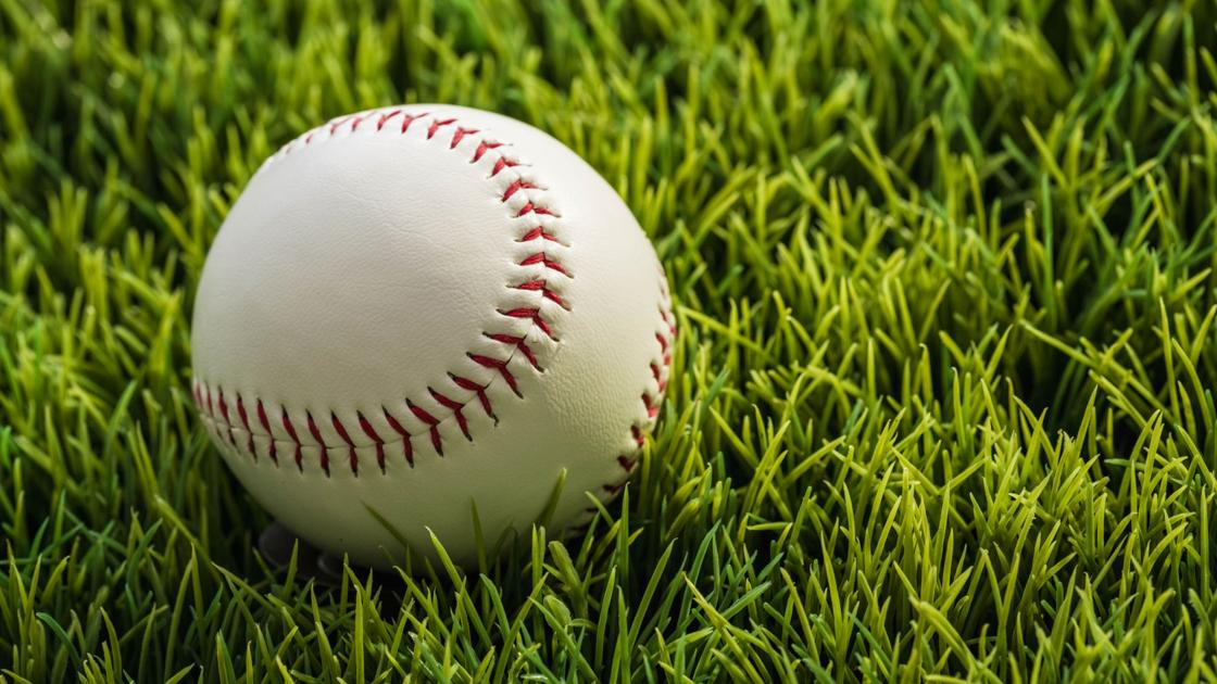 Prep Baseball Roundup: Dermody throws no-no for Lewis Central