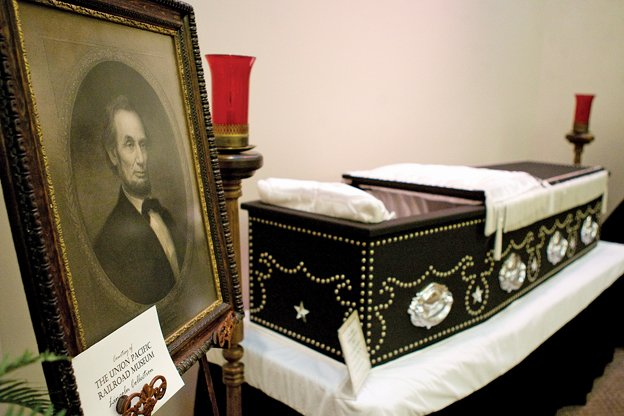Replica Of Lincoln S Casket On Display Archive