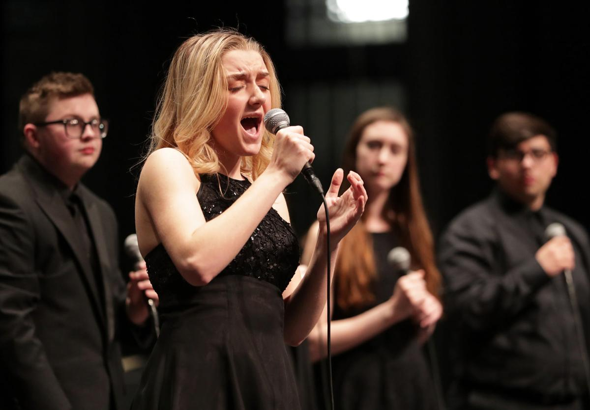 Photo Gallery High School Jazz Ensembles Compete At Iowa Western  # Ensembles Tv