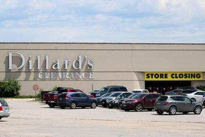 69e23d170e9 From the archives: Mall of the Bluffs hosts ceremony, Dillard opens ...