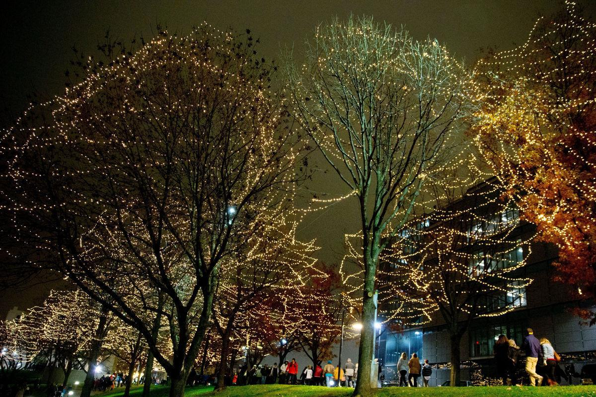 Omaha sets free holiday activities, including lighting ceremonies, festival and performances