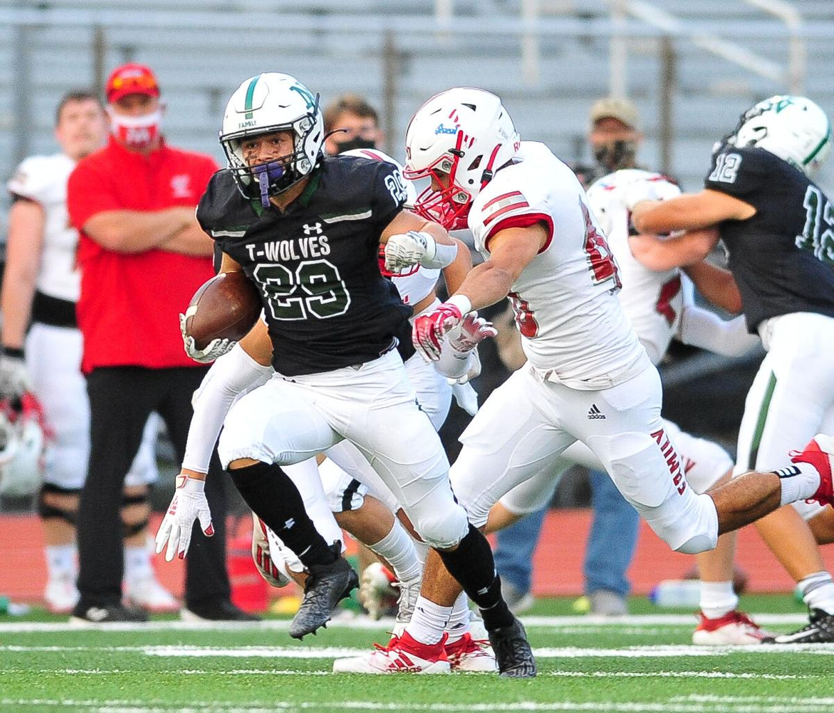 Norman North football: Short-handed T-Wolves fall to Yukon 41-24