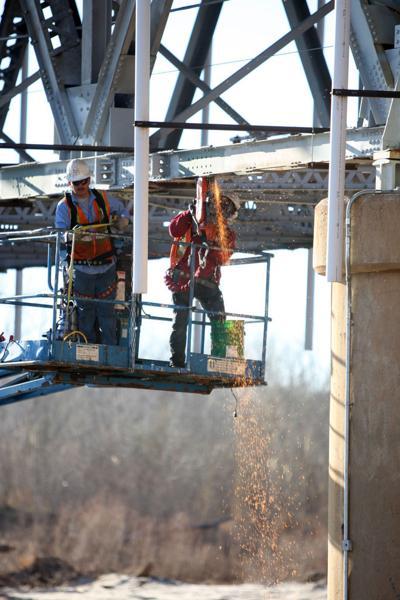 lexington bridge hook up