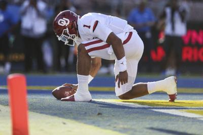OU football: Oklahoma's Jalen Hurts 'cool as a fan' in lopsided victory at UCLA