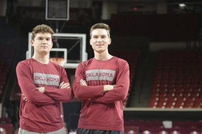OU men's basketball: How Sooner voice Toby Rowland and his sons bond through basketball