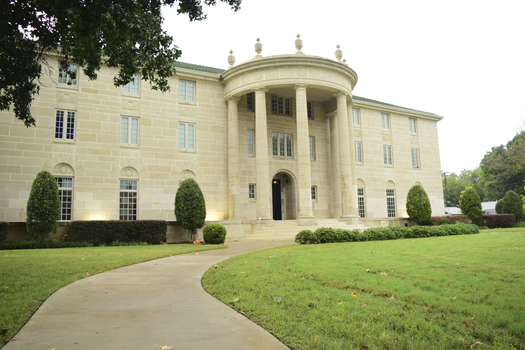 Former OU student accuses fraternity members of hazing