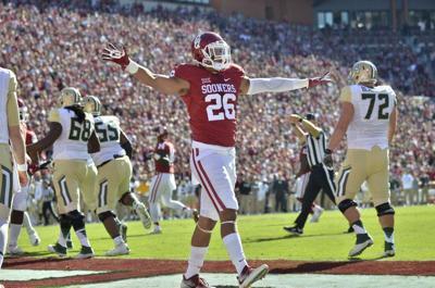 Entering NFL Draft week, Jordan Evans defines role of hometown hero