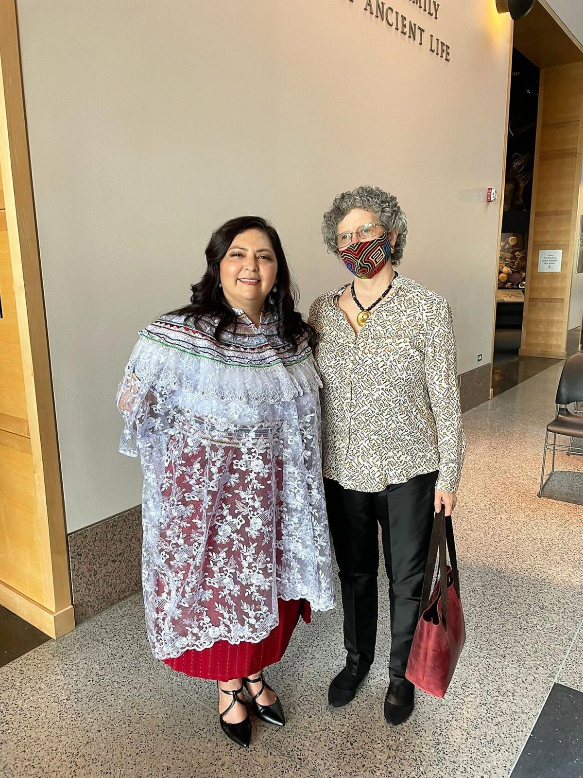Yoana Walschap and Saidy Herrera Orellana textiles