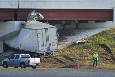 18-wheeler crashes under I-35 bridge, slows traffic | News