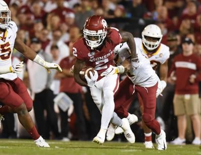 Ou Football Oklahoma Moves To No 9 In College Football