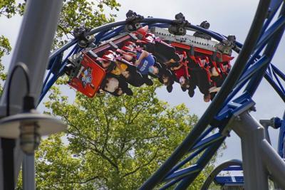 Virus throws off theme park attendance