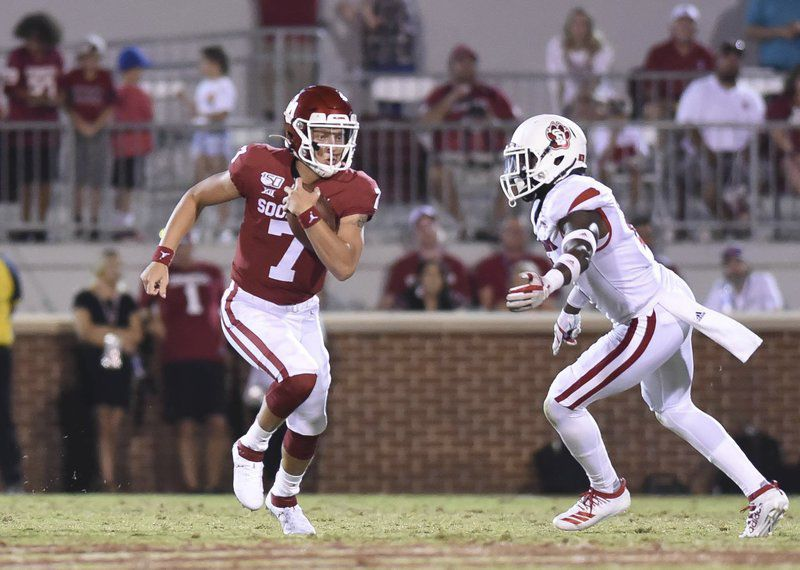 OU football: Spencer Rattler greeted to cheers in Sooner debut