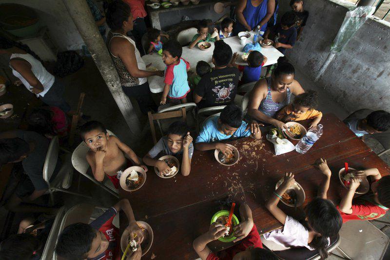 'Humanitarian crisis' sending immigrant youth to Okla.