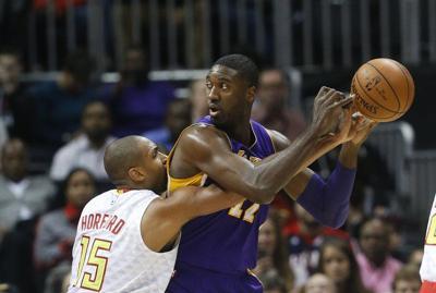 Horford Hawks Spoil Bryants Last Game In Atlanta