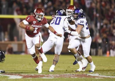 OU football: Lincoln Riley has enjoyed incorporating Jalen Hurts' run ability into Oklahoma's offense