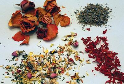 Making flowers into potpourri