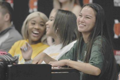 Spring Signing Day 2019: Norman High's Anna Backus signs with Hawaii