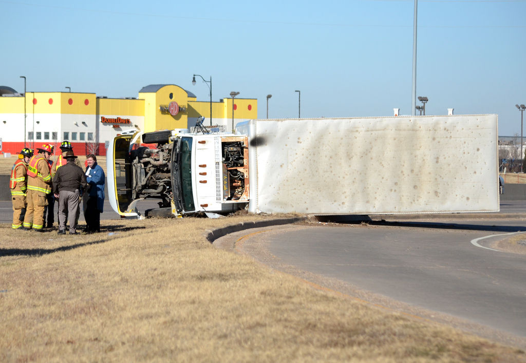 Truck roll-over slows I-35 northbound traffic at Indian Hills Road