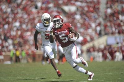87426c934 OU football  Marquise Brown s Biletnikoff campaign begins in style ...