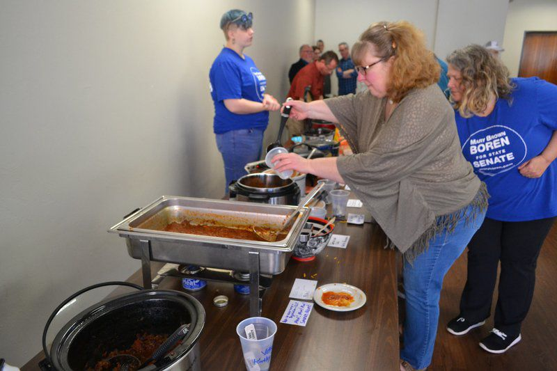 Democrats envisage blue wave at chili cook-off