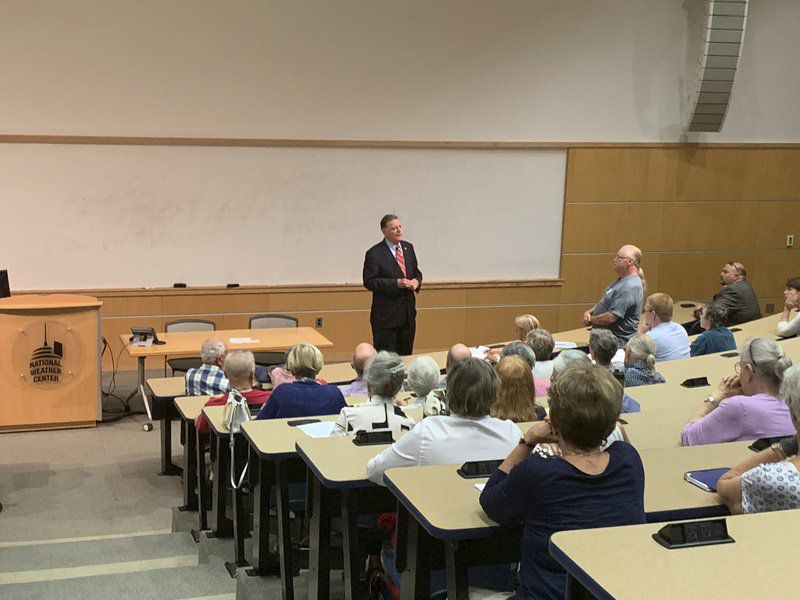 Tom Cole hosts Norman town hall
