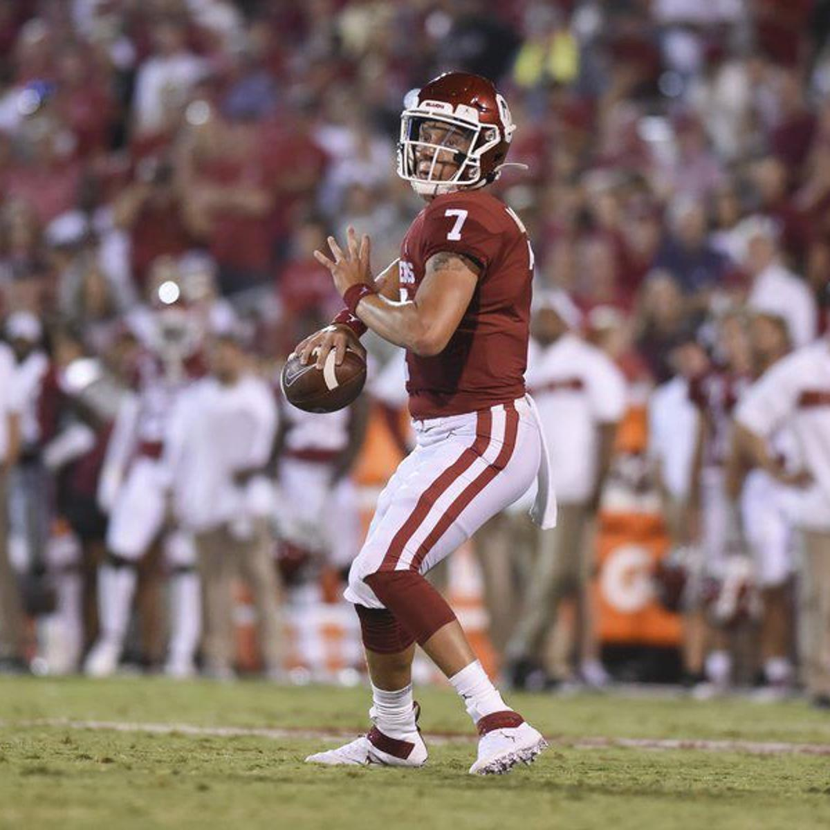 Ou Football Spencer Rattler Greeted To Cheers In Sooner Debut Ou Football Normantranscript Com