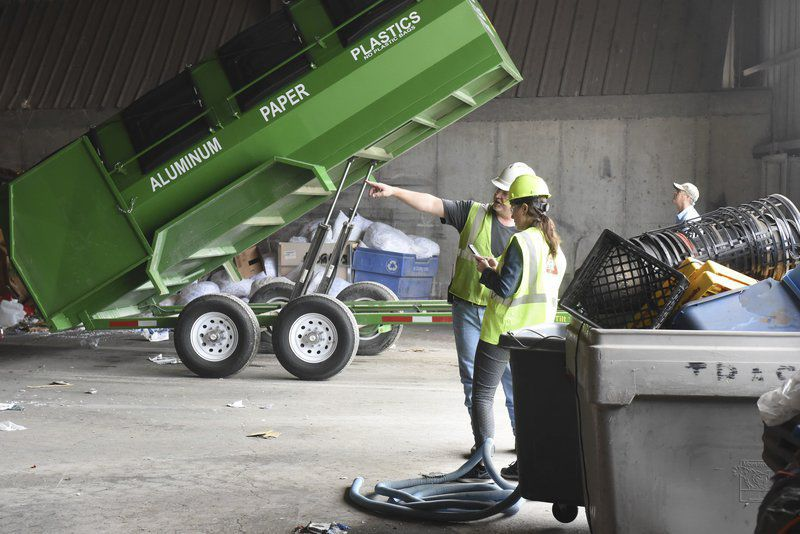 Battle of the bags: Clark pushing for local control over plastic bag waste