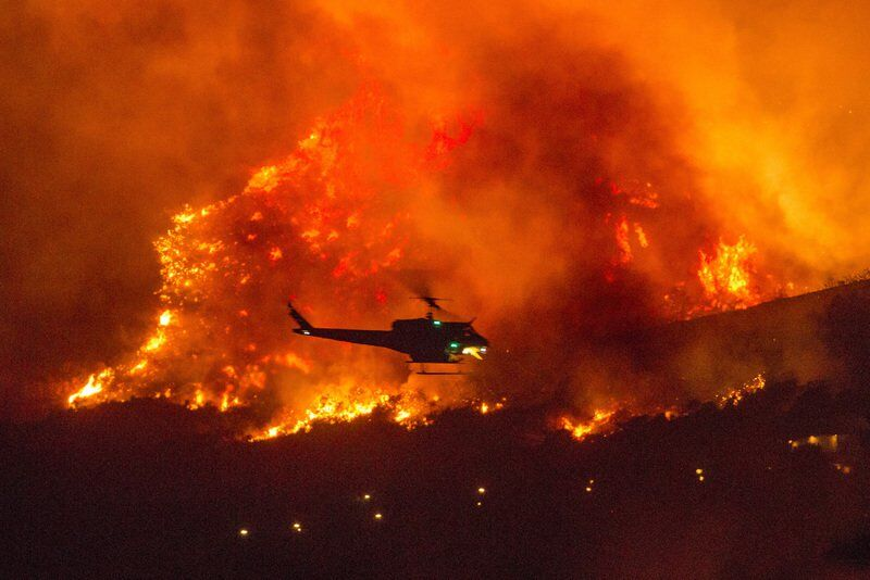 Rescuers airlift 207 people away from California wildfire