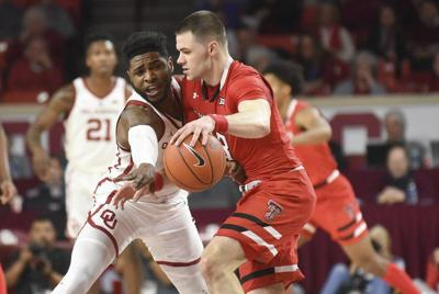 OU men's basketball: Oklahoma outmatched by physical Texas Tech in fourth-straight loss