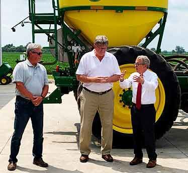 DeWine visits Rohrs Brothers Farms