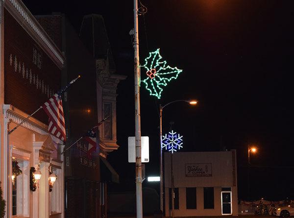 Holgate holiday decorations