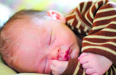 Researchers try to find cause of SIDS