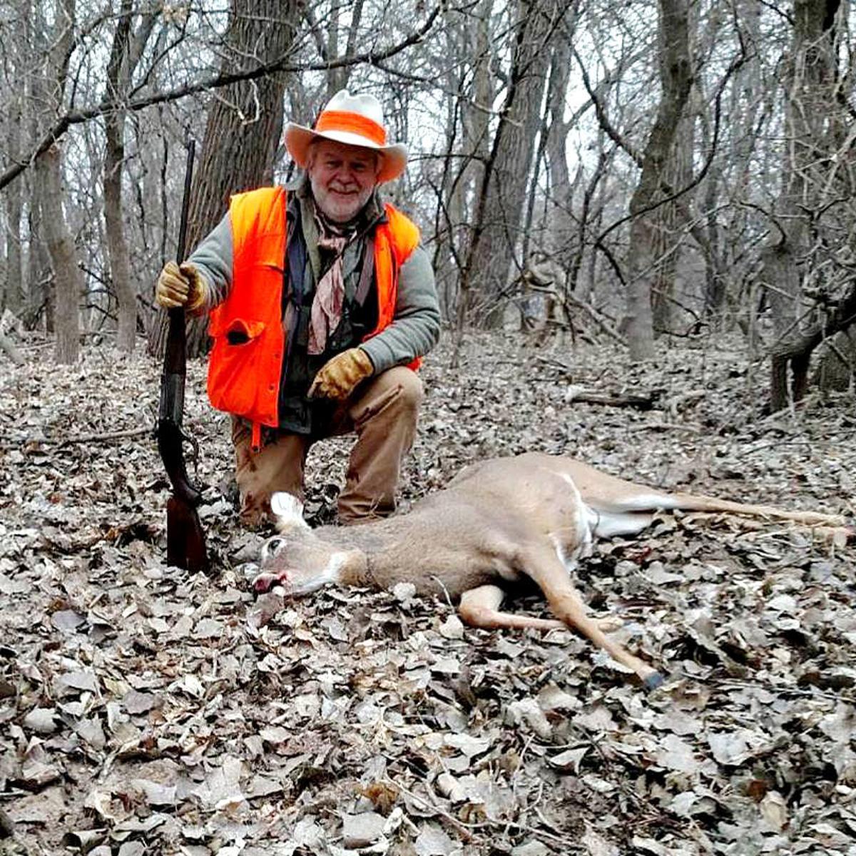 Closing out Nebraska deer season in unique style